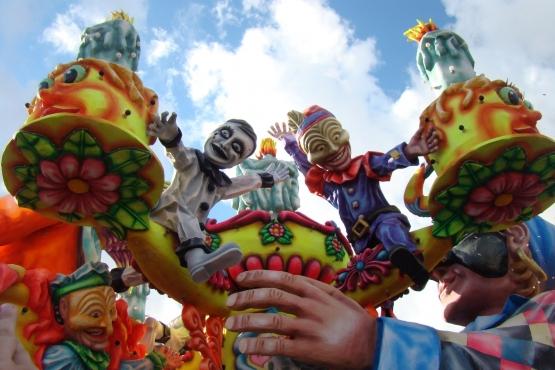 Парад фигур на Карнавале Валетты