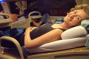 Междугородный автобус системы Open Tur Bus со спальными местами
