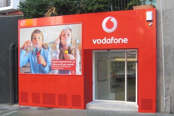 Фирменный магазин Vodafone в Сент Джулианс