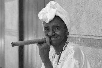 Куба фото– Местная жительница