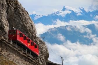 Зубчатая железная дорога в Альпах
