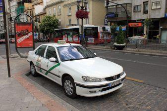 Гранада фото– Такси