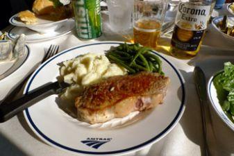 Обед в вагоне-ресторане в поездах США