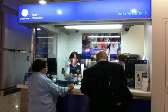 Стойка возврата Tax Free в аэропорту Франкфурта