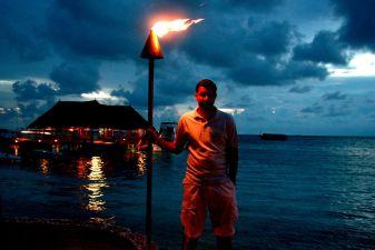 Мальдивы фото – Ночь опустилась быстро