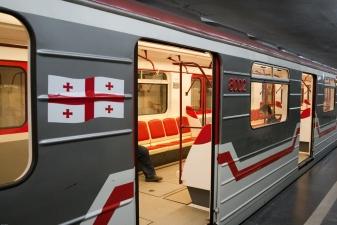 Поезд в Метро Тбилиси