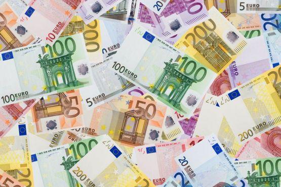 Испания фото– евро €