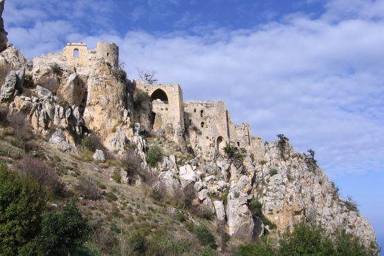 Кипр фото– замок св. Иллариона