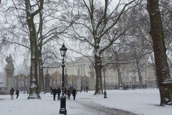 Снежная зима в Лондоне