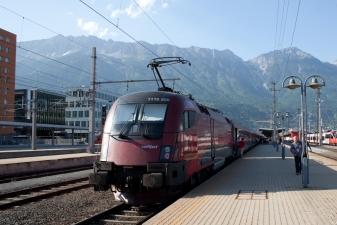 Поезд в Альпы