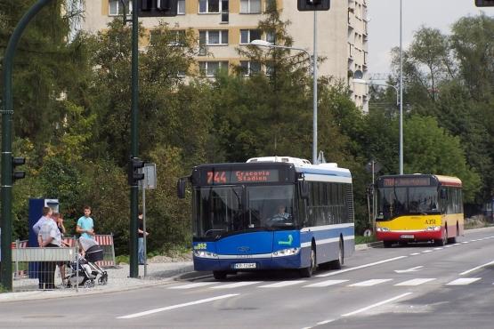 *Часть автобусов и трамваев в