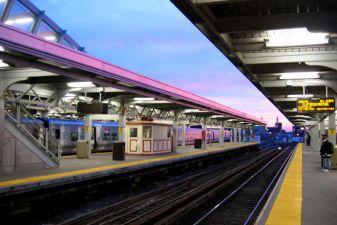 Вокзал Jamaica Station