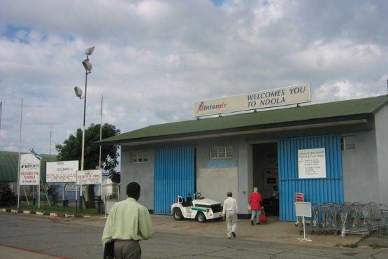 Замбия фото – Международный Аэропорт Ндолы