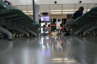 В зале ожидания аэропорта Феникс