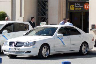 Малага фото– Такси