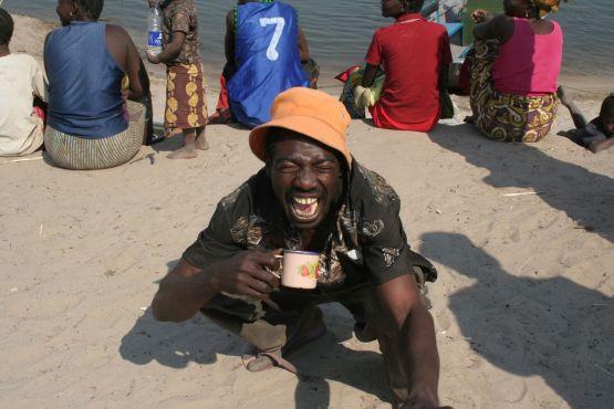Замбия фото – Замбийский самогон – крайне коварный напиток