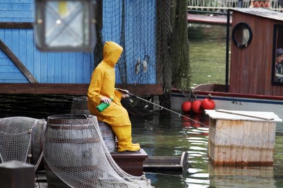 Рыбак в ожидании улова