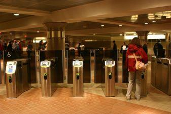 Турникеты в метро в Нью-Йорке