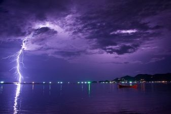 Тайланд фото – Гроза над пляжем Чавенг на Самуи