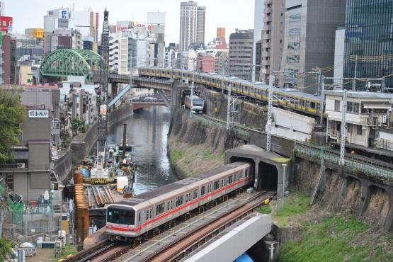 Приставания в транспорте в японии скачать фото 146-288