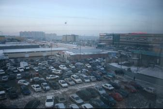 Стихийная парковка возле ТЦ