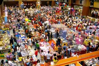 На распродаже в Сингапуре