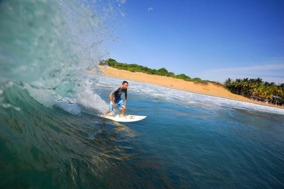 Промежуток с мая по ноябрь– отличное время для серфинга на Шри-Ланке