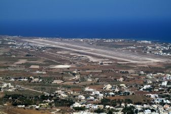 Санторини фото– аэропорт