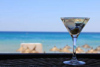 Тунис фото– Коктейль на пляже