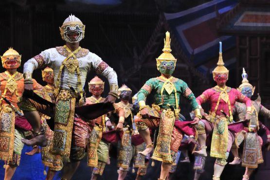 Тайланд фото – Представление театра масок кон