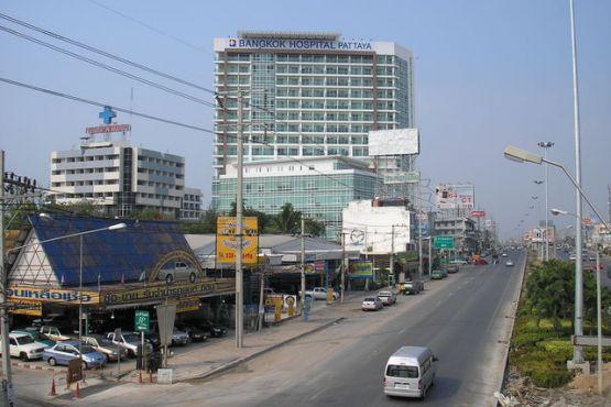 Паттайя фото – Клиника Bangkok Hospital Pattaya