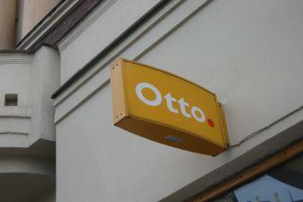 Финляндия фото – Вывеска над банкоматом Otto