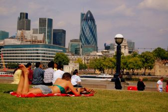 Погожий летний денек в Лондоне