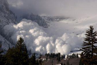 Сход лавины