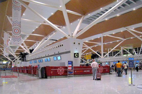 Индия фото– аэропорт Дели