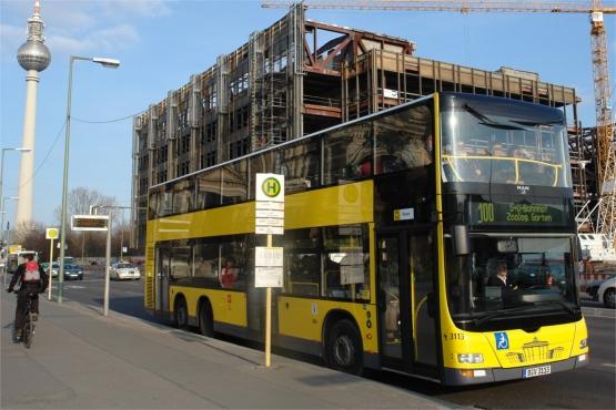 Двухэтажный берлинский автобус
