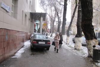 Парковка на улице