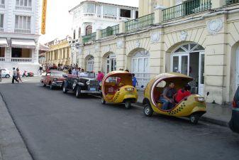 Сантьяго-де-Куба фото– Такси