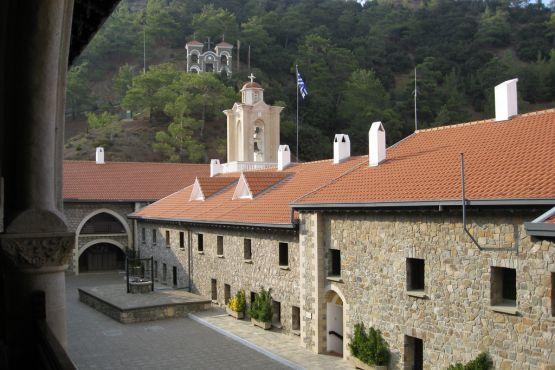 Кипр фото– Монастырь Киккос
