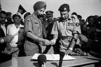 Индия фото– мирный договор в войне с Пакистаном 1971 г.
